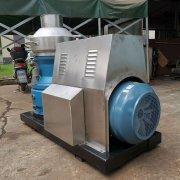 新疆克拉玛依市天利得源化工购买制粒机